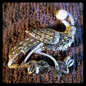 Beautiful Bird Holding Pearl in Beak Brooch Pin